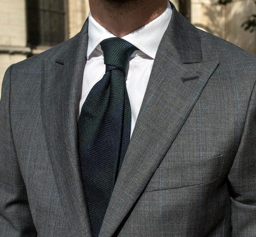 tenue-parfaite-prince-galles-details